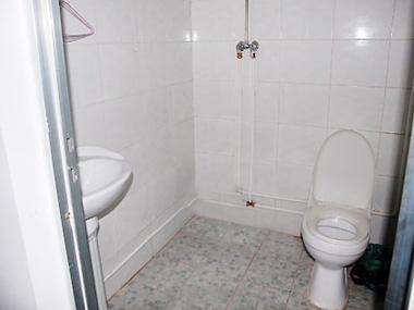 厕所 家居 设计 卫生间 卫生间装修 装修 380_285
